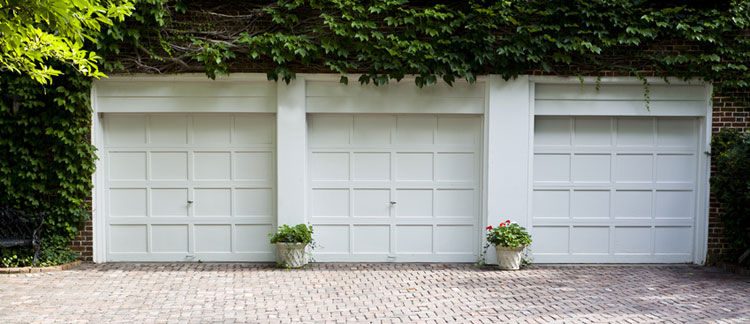 Garage doors installation Rhode Island